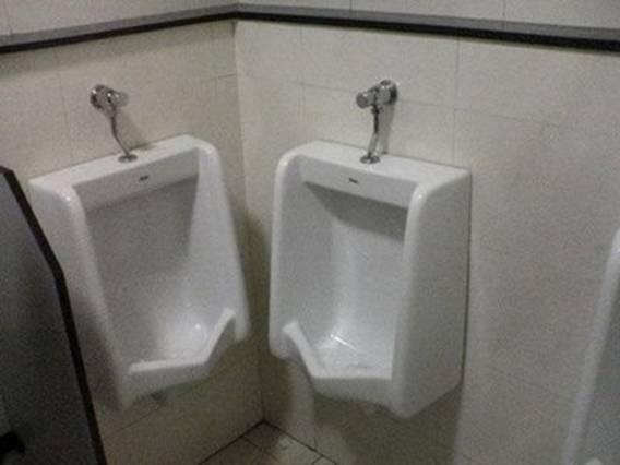 urinoirs drôles
