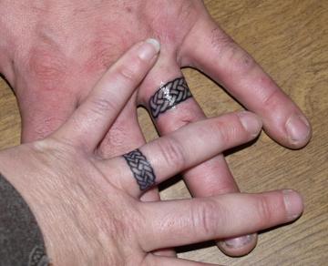Bagues mariage en tatouage