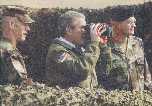 صور نادرة لجورج بوش تثبت الذكاء الخارق لرئيس اعظم دولة في العالم