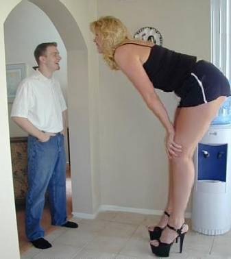 Who Is Tallest Woman in the World
