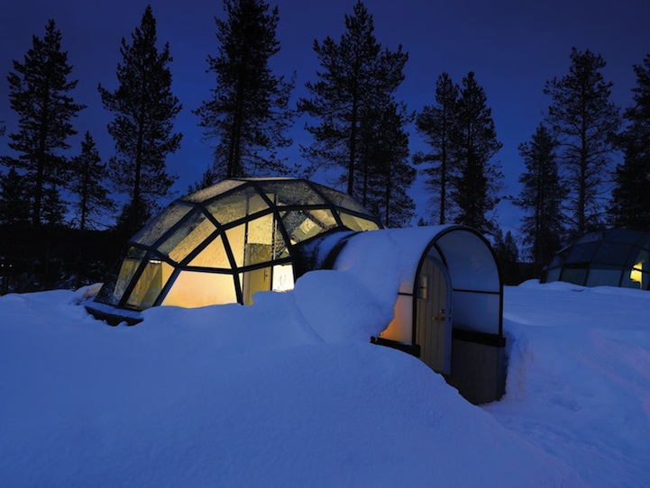 Igloos de verres for Interieur igloo