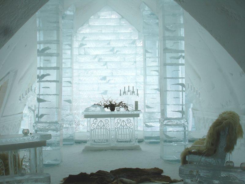 h tel de glace qu bec canada. Black Bedroom Furniture Sets. Home Design Ideas