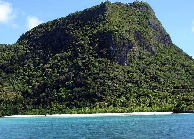 اشتري جزيرة مليون دولار paradis.jpg