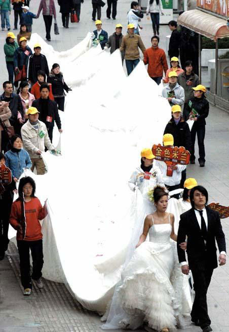 images impressionnantes - Page 3 Robe-mariage